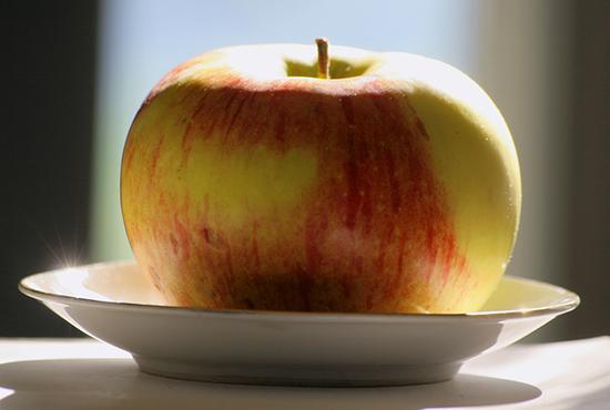 Ябълка Цар Александър